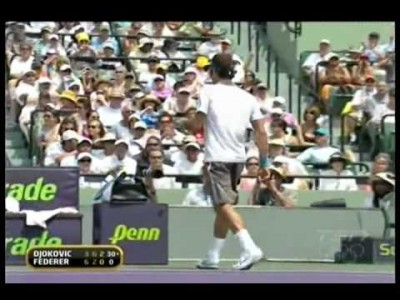 Roger Federer smashes Racket to pieces against Djokovic!