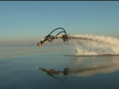 Become a Human Dolphin with this Jet Pack