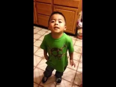 3 Year old Boy argues with his Mother over Cupcakes!