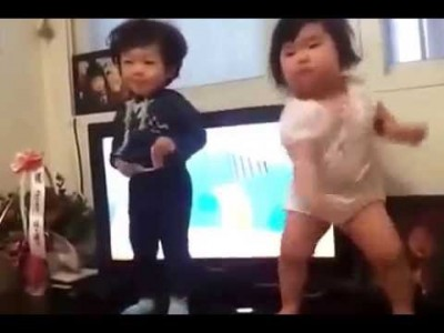 What a dance by a chubby Korean Baby!
