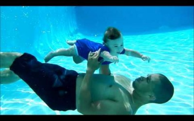 7 Month Old Baby swimming Underwater